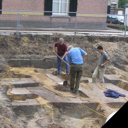 Opgraving bij Latijnse School 2006
